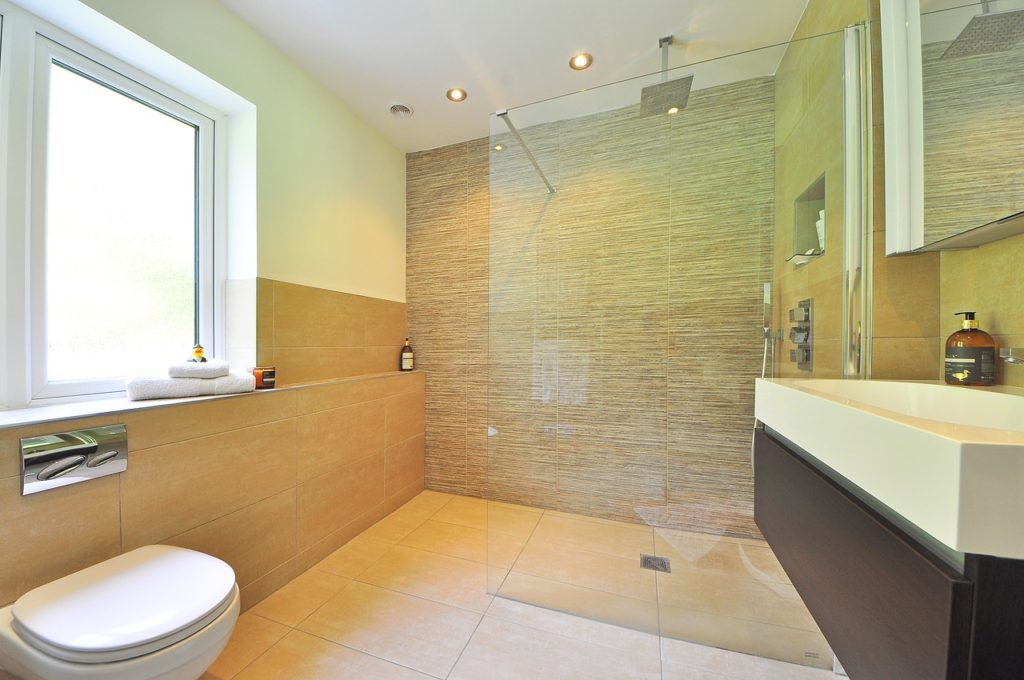 Bathroom trends - natural light and floating vanity