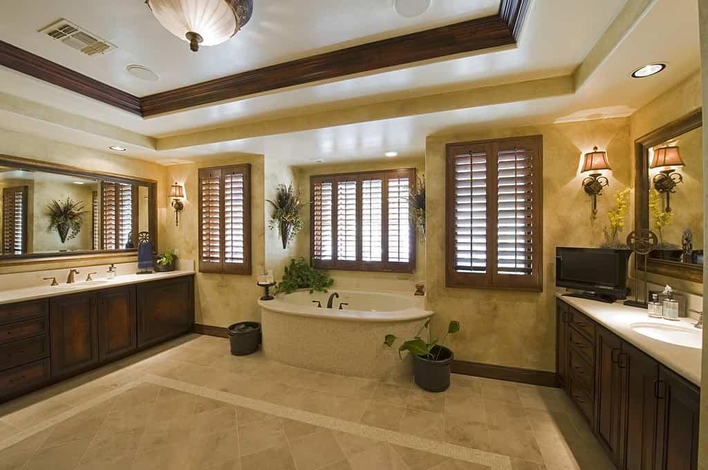 bathroom trends 2021-plants